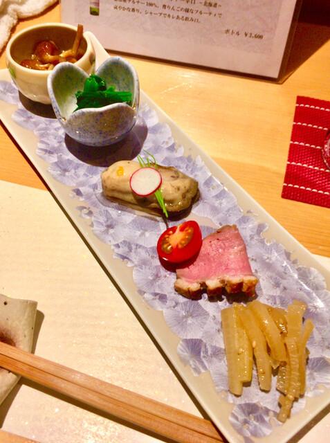 凛 - 前菜5種(なめ茸と鬼おろし、ほうれん草、牡蠣、鴨肉、大根)