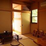 森のレストラン - しっとり落ち着く和室
