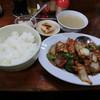 北京亭 - 料理写真:鶏肉のみそ味炒め定食780円