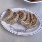 中国菜館 岡田屋 - 焼き餃子
