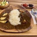 カレーの店 凡亭 - 料理写真: