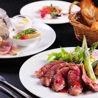 食材にこだわった逸品料理も多数ご用意しております。