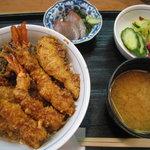 天ぷら丸中 - 天丼定食 1050円