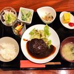 十三夜の月 - 料理写真:伊賀牛ハンバーグランチ