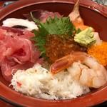 仲家 - 海鮮丼 1500円。