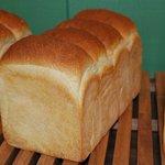 ケーキアンドブレッド プー - 料理写真:トーストブレッド 1斤¥291(税込)