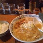 究極の味噌らーめん Misoism - 極上味噌麺はライスか大盛がサービス