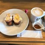ブック&コーヒー - フレンチトースト(プレーン) ¥480