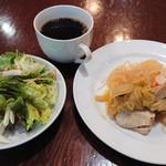 100705105 - お惣菜♪