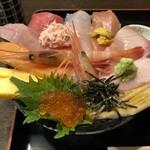 じもの亭 - 海鮮丼(華)