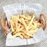 エルカンティーナ - トリュフ塩のフライドポテト