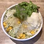 100709935 - サラダセット ¥150 のサラダ