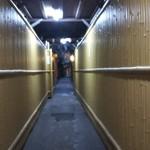 祇をん焼肉 茂  - 外観写真:四条通りからの入り口です