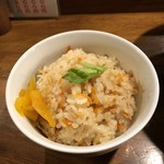 らーめん おが多 - 炊き込みご飯(50円)