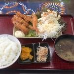びびび食堂 - エビフライ定食  850円