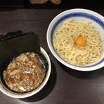 中華そば べんてん - 料理写真:「つけ麺」850円+「生玉子」50円+「海苔」100円
