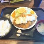 100739102 - 190121月 神奈川 豚菜 ハーフタルタルチキンカツ定食972円