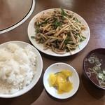 成龍萬寿山 - 青椒肉絲定食