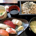 たけや - ランチの寿司そばセット