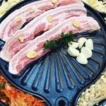 肉バル ユッケン -
