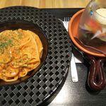Italian Cafe AJITO - ナポネーゼ(+セットのサラダ)
