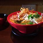ワルン プアン - 料理写真:オリジナルカオソーイ