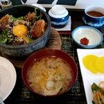 NIKUYAぶた娘 - 石焼角煮ご飯