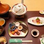 伊豆長岡温泉 ホテル天坊 - 夜の宴会 お膳