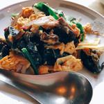 中華料理 香新 - 玉子と木耳の炒め