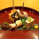日本料理 たかむら - 前菜①  玉子焼・バイ貝旨煮・本柳葉魚・黒豆、浅利と春菊の胡麻寄せ・茶振りナマコ・つくばね、すっぽん卵の漬け