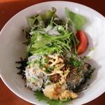 KAMOME KITCHEN - 釜揚げしらす、生シラス、しらすの沖漬けの3色丼
