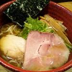 Mendokorosankohou - 料理写真:鹿鶏醤油ラーメン¥770