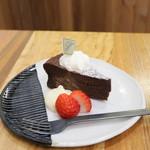 パスレル - 料理写真:ガトーショコラ