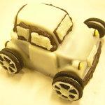 景気屋笑売ウエイブ - 自動車のチョコレートケーキBタイプ 880円