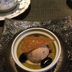 グリルダイニング マキビ - 料理写真:小豆のアイス添えの宇治抹茶のブリュレ