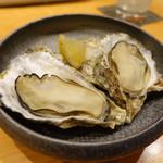 100795770 - 広島県産殻付き蒸し牡蠣 500円