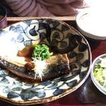 かこみ - 煮魚定食も偶然サバ