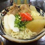 ニシムイそば - 料理写真:ニシム出汁は豚ダシ骨(2種類)をベースにて鶏ガラ及び鶏のある部位も入れるとその出汁にはたっぷりのコラーゲンが溶け出しています。