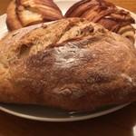 円麦ムーンベーカリー -