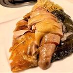 鶏家荘 - 料理写真:お店名物の三味鶏