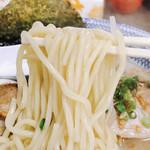100825820 - 麺アップ