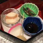 博多華味鳥  - 海老のテリーヌ、田作り、鶉の卵、蒲鉾の前菜