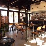ナンズ キッチン - しかし平日昼間のカフェは閑古鳥…