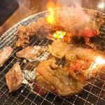 炭火焼肉 昭和大衆ホルモン -