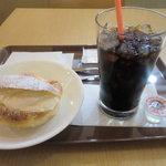サンマルクカフェ - 生シューセット:390円 (2011/10)