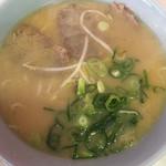 めんめん - 料理写真:ラーメン550円