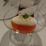 100843350 - モッツァレラチーズのムースと完熟トマトのジュレ
