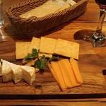 100848165 - チーズ盛り
