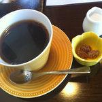 10085329 - ホットコーヒー(甘納豆付き)