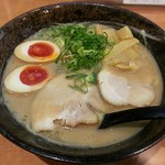 久味 - 【こってりしょうゆらーめん + 煮玉子】¥780 + ¥100